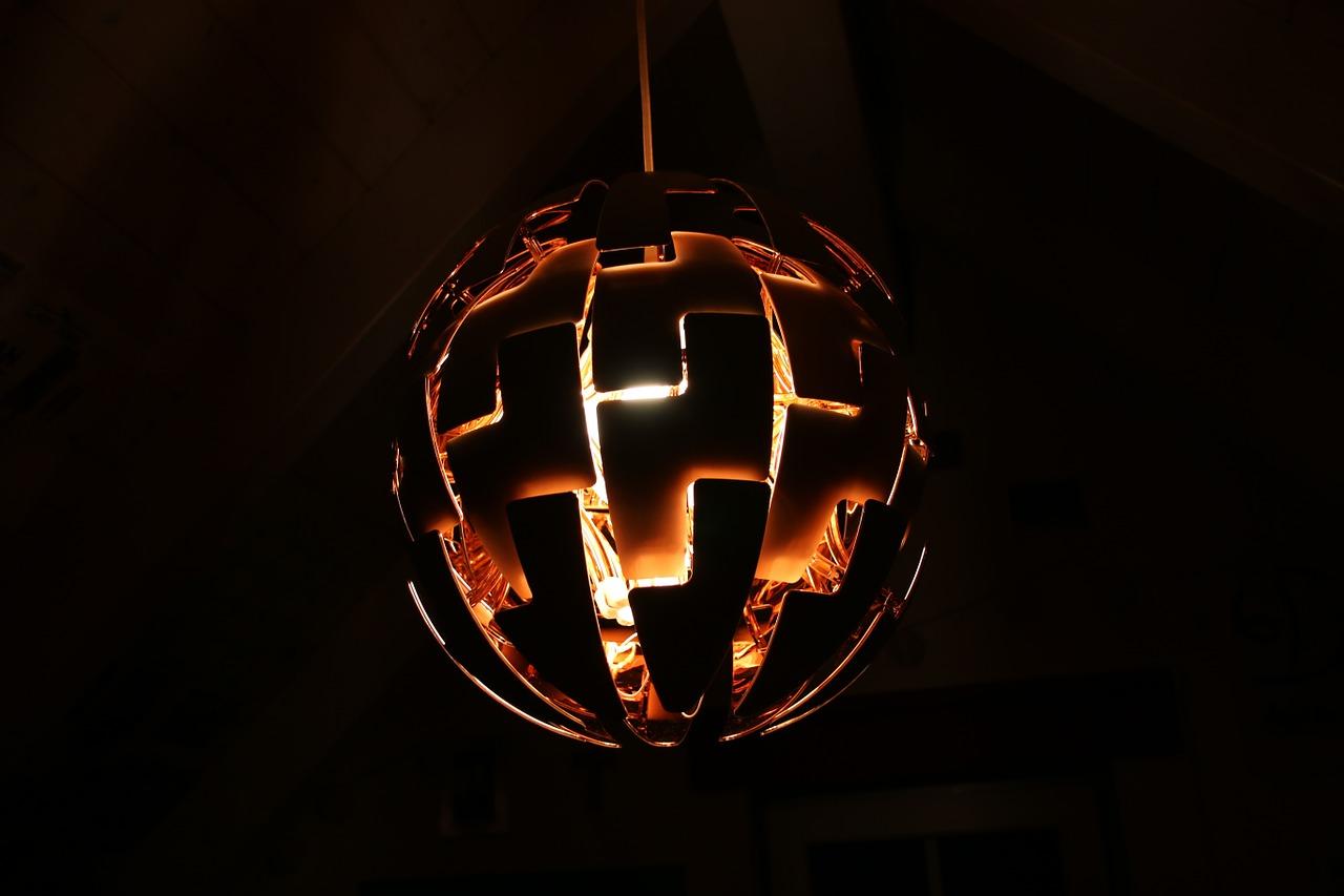 Koperen lampen sfeer en living for Lampen modern