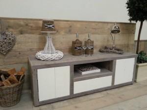steigerhouten-tv-meubel