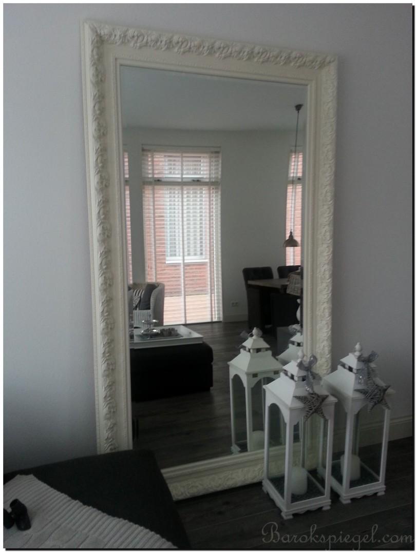 Grote witte spiegel als woonaccessoire tips idee n en for Grote spiegel