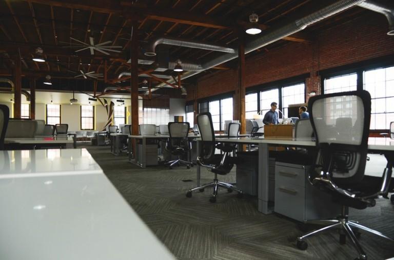 5 tips voor het creëren van een goede sfeer in een kantoorruimte