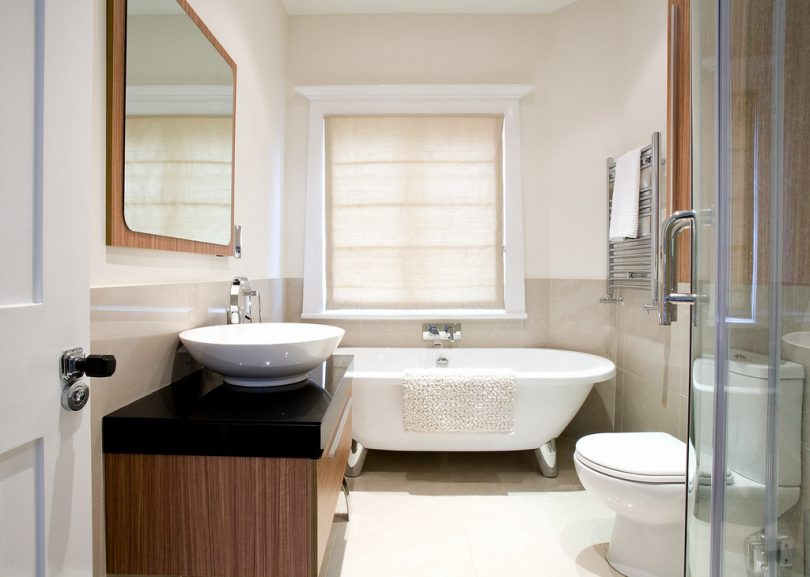 Tips voor een blinkende badkamer sfeer en living