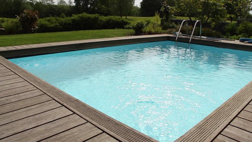 Tips voor het aanleggen van een zwembad in de tuin sfeer en living - Tuin en zwembad design ...