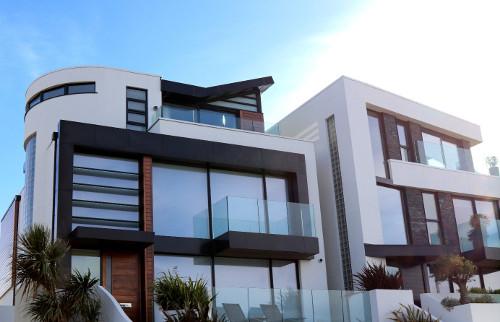 Een modern huis inrichten sfeer en living