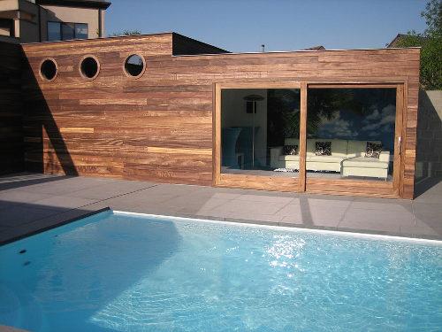 Een betaalbaar zwembad in je tuin