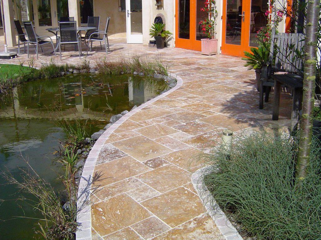 Natuursteen Tegels Tuin.Creeer Een Prachtige Tuin Met Natuursteen Terrastegels