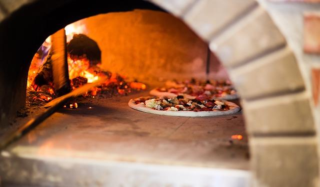 Zelf een pizzaoven bouwen in je tuin