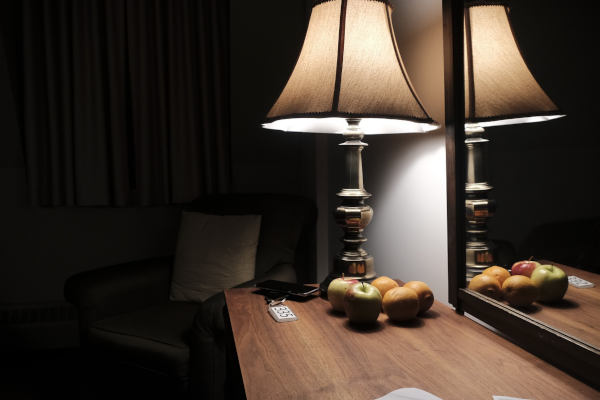 Hoe slapen in een donkere en juist ingerichte slaapkamer kan zorgen voor de ultieme nachtrust.