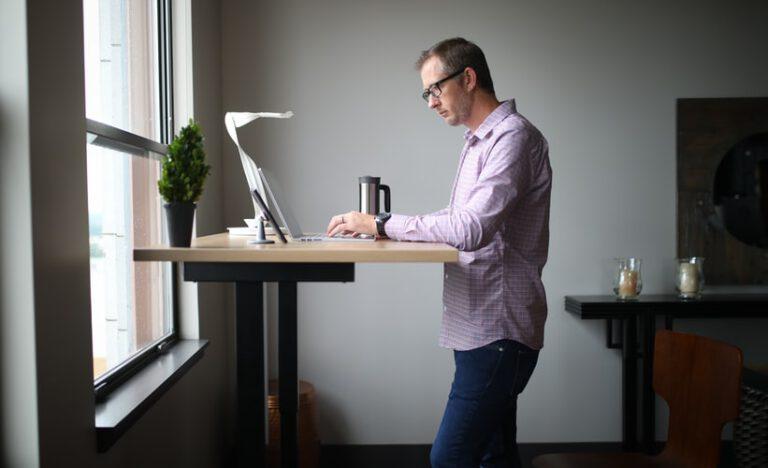 5 tips om ergonomisch thuis te werken